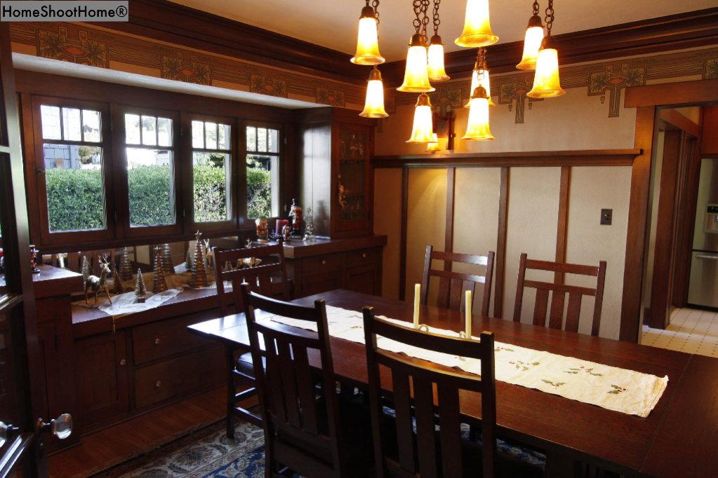 1618_08dining room