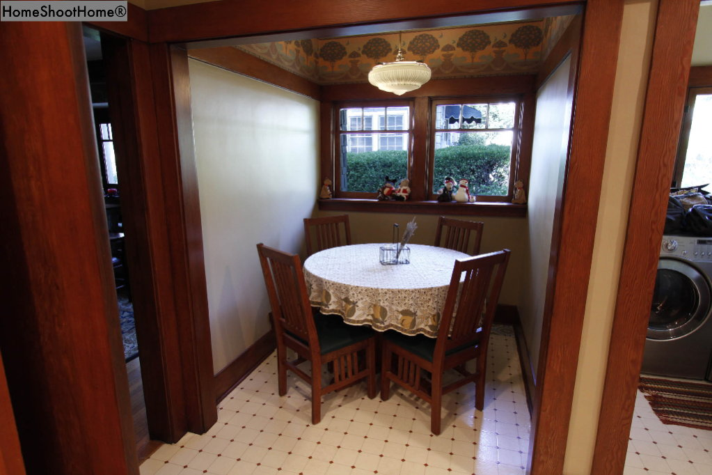 1618_13breakfast nook