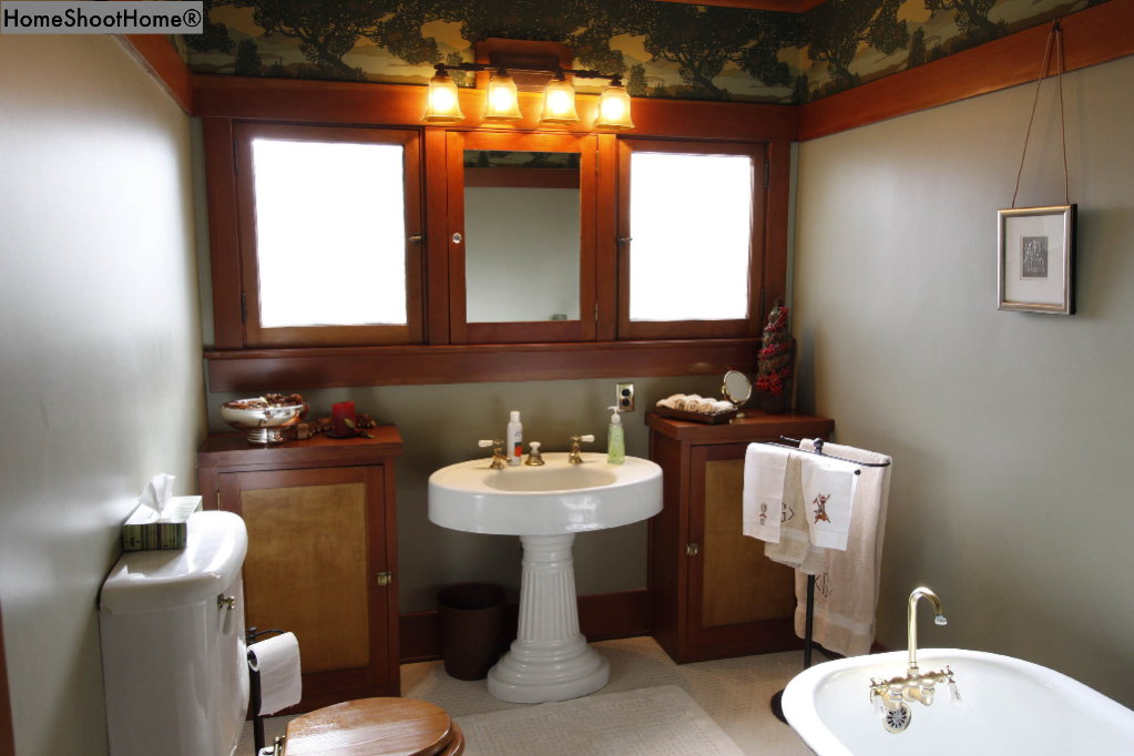 1618_22bathroom