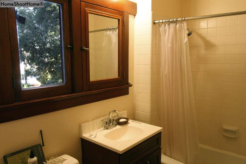 1618_30bathroom2