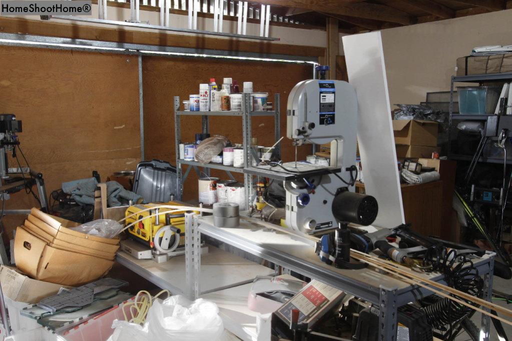 1618_43garage interior reverse