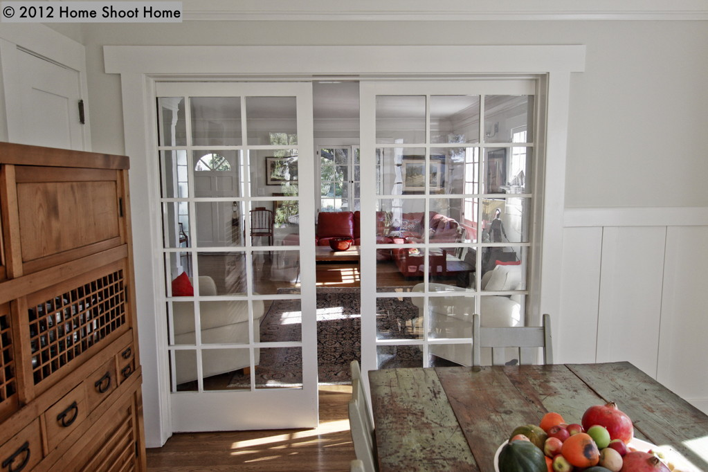 2093 08dining room with pocket doors home shoot home